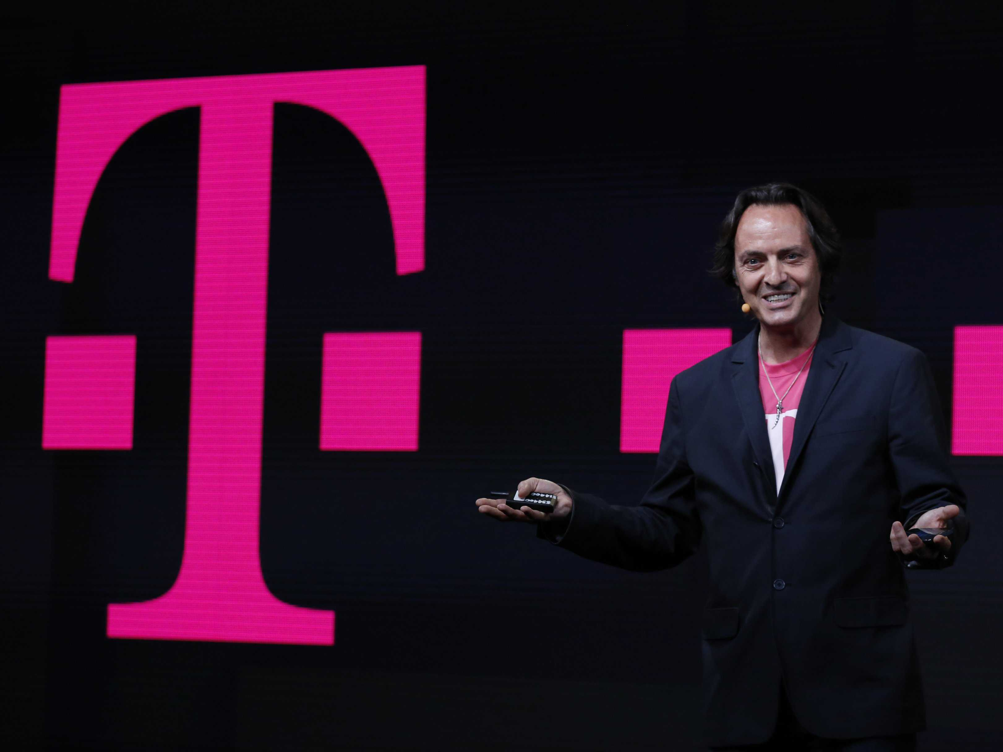 even-though-verizon-tried-its-best-to-keep-me-i-still-switched-to-t-mobile-because-its-a-better-deal
