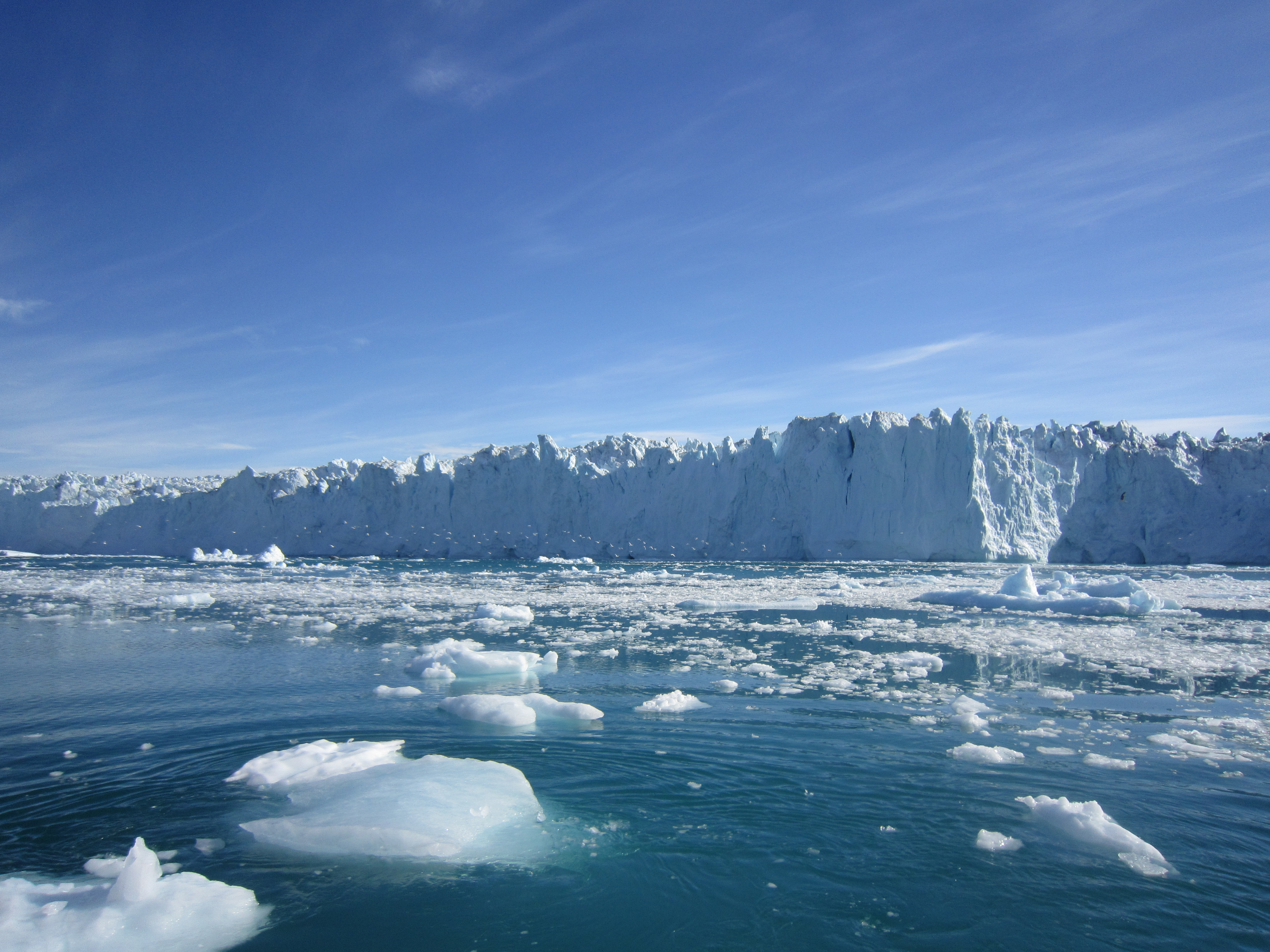 it is not global warming but waves which break up arctic ice sheets