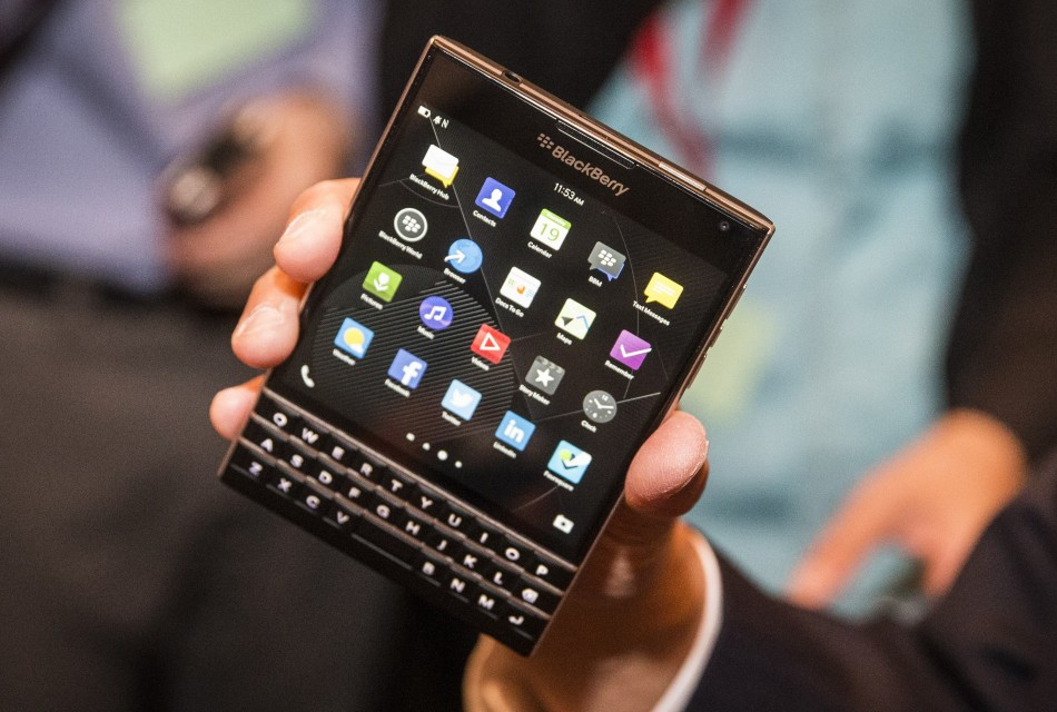 448444-new-blackberry-passport-a-tablet-with-qwerty-keyboard-killer-specifica