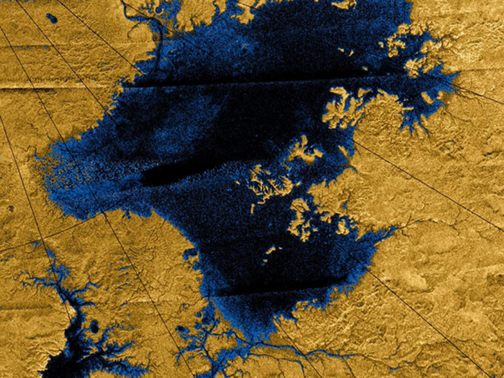 titan-methane-river