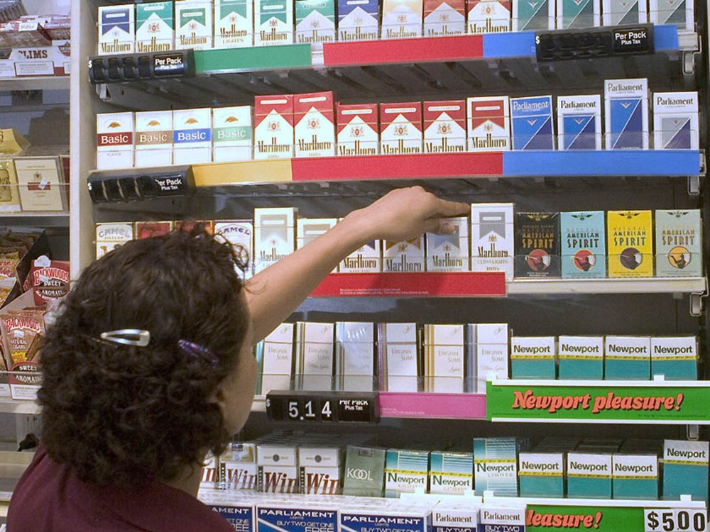 Raising minimum age for tobacco buying to 21 could curb use