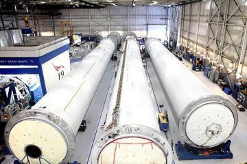 falcon_9_rocket_cores_under_construction_at_spacex_hawthorne_facility_16846994851